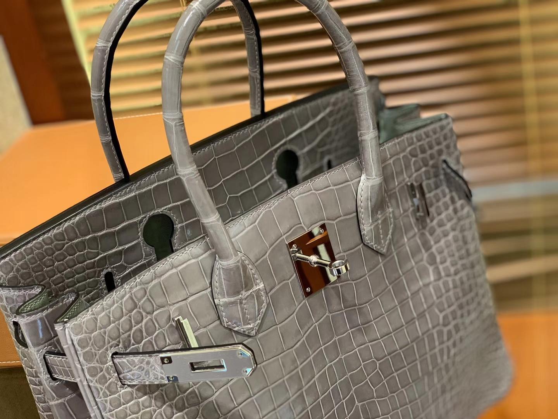 Hermès(爱马仕)Birkin铂金包 斑鸠灰 湾鳄 一级皮 倒V 进口原料 顶级手缝工艺 30cm