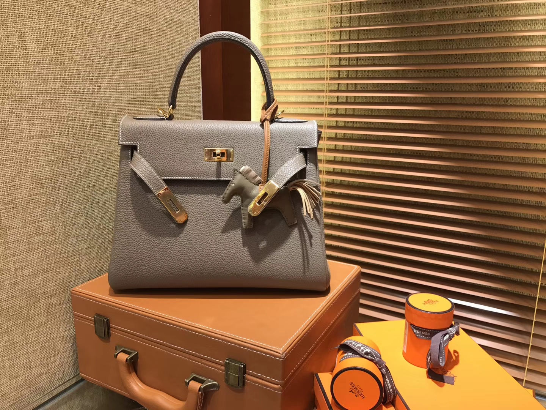 Hermès(爱马仕)Kelly凯莉包 togo小牛皮 大象灰 进口原料 原版蜜蜡线 金扣 28cm