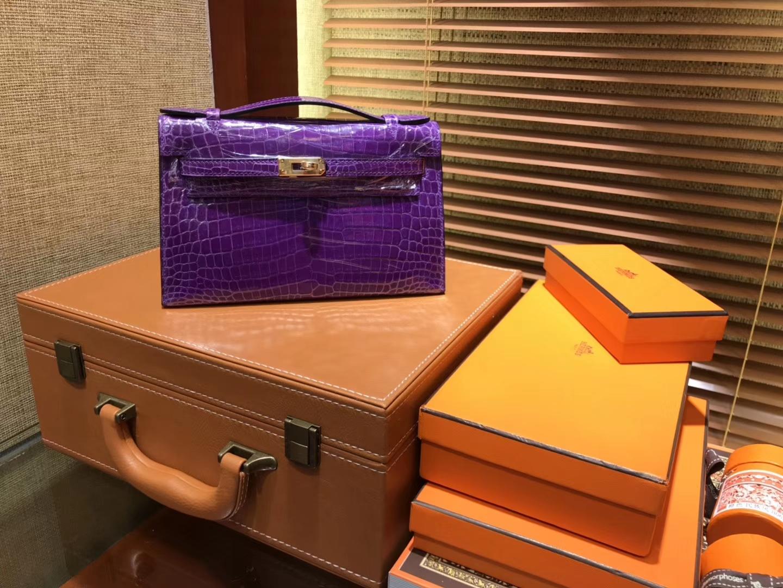 Hermès(爱马仕)MiniKelly 迷你凯莉 紫色 进口鳄鱼皮 顶级手缝工艺 金扣 22cm