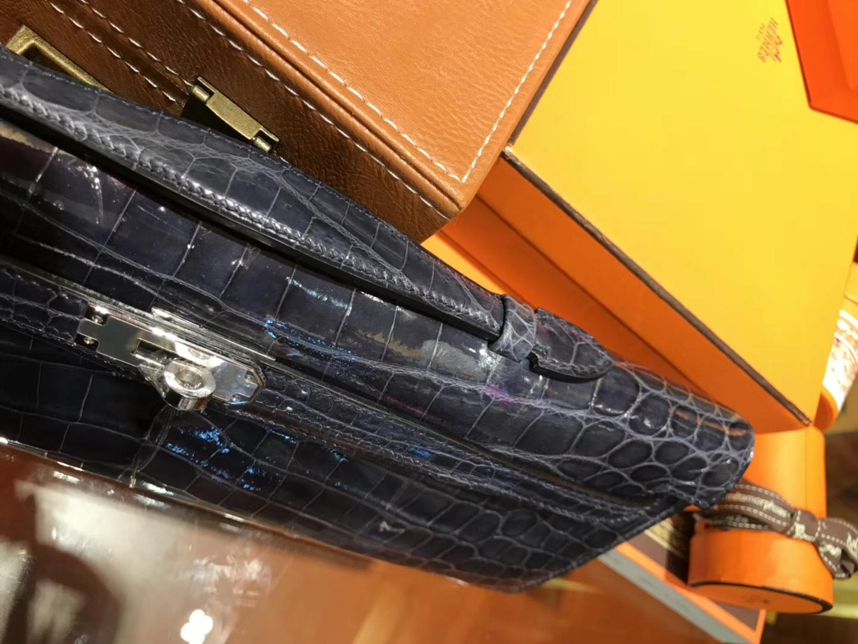 Hermès(爱马仕)Kelly cut 手包 风暴蓝 亮面鳄鱼 金扣 31cm