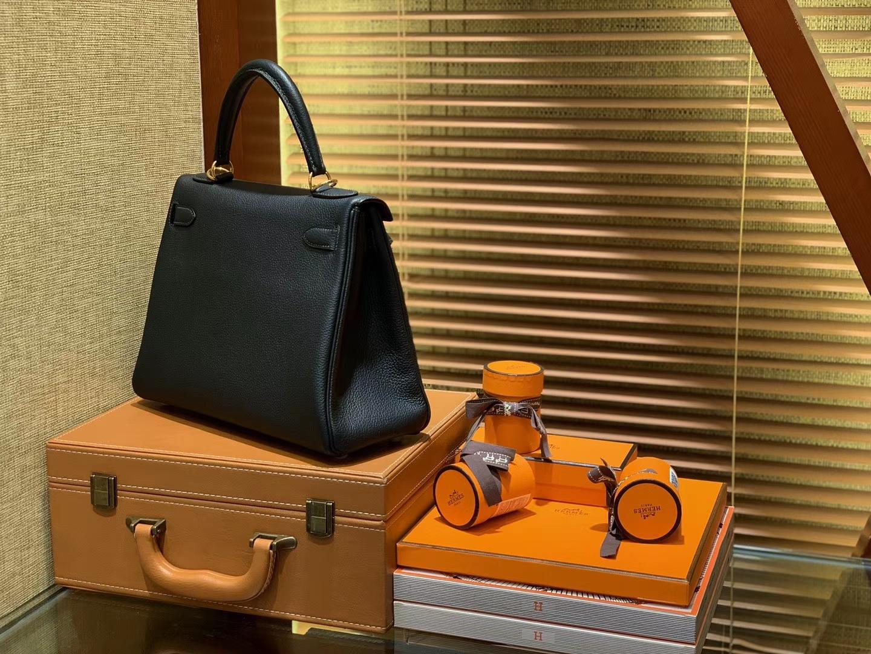 Hermès(爱马仕)Kelly凯莉包 togo小牛皮 松柏绿 进口原料 原版蜜蜡线 金扣 28cm