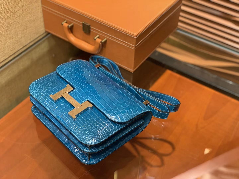 Hermès(爱马仕)Constance 23cm 伊滋密尔蓝 一级尼罗鳄鱼皮 顶级手缝工艺 金扣