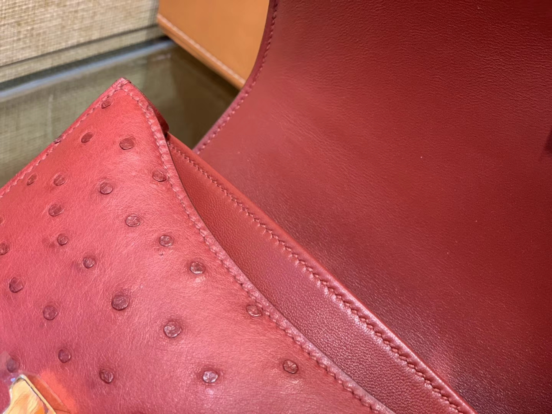 Hermès(爱马仕)Constance 18cm 石榴红 南非进口鸵鸟 KK级别 顶级全手工 金扣
