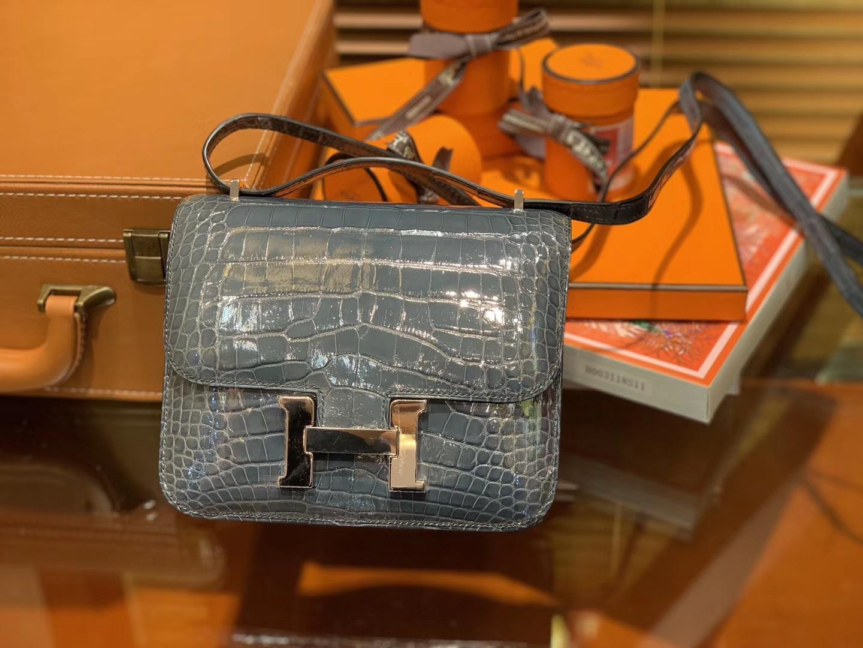 Hermès(爱马仕)Constance空姐包 牛仔蓝 一级 尼罗 鳄鱼皮 臻品级别 金扣 18cm