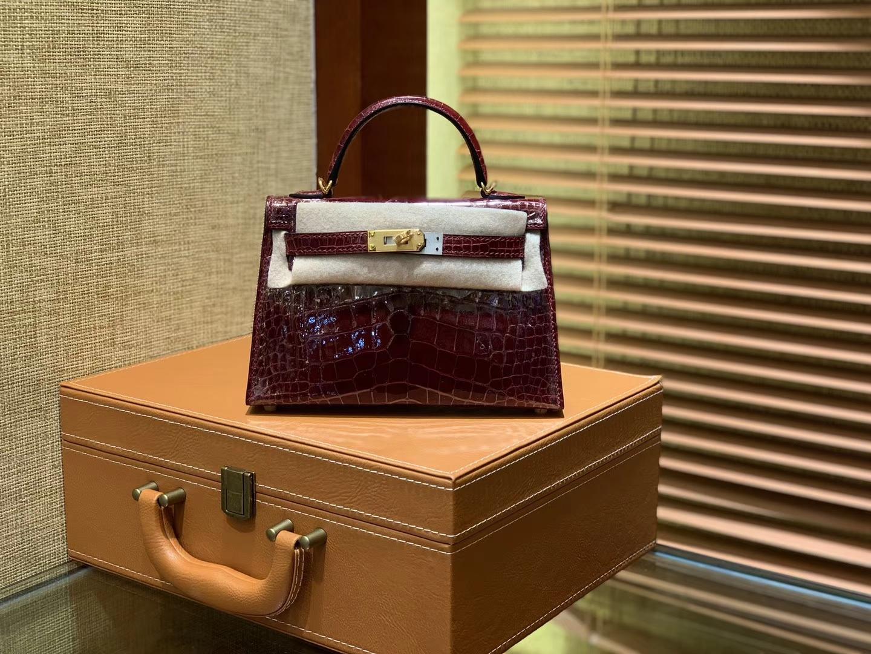 Hermès(爱马仕)迷你2代 19cm 波尔多酒红 一级美洲 鳄鱼皮 顶级手工 金扣