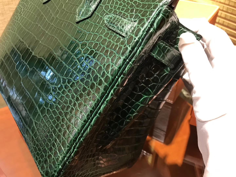 Hermès(爱马仕)Birkin铂金包 祖母绿 一级皮 湾鳄鱼皮 倒V 进口原料 顶级手缝工艺 30cm