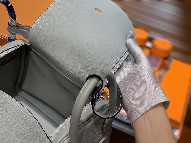 Hermès(爱马仕)Lindy琳迪包 巴黎灰 小牛皮拼鳄鱼皮 进口原料 全手工缝制 银扣 26cm