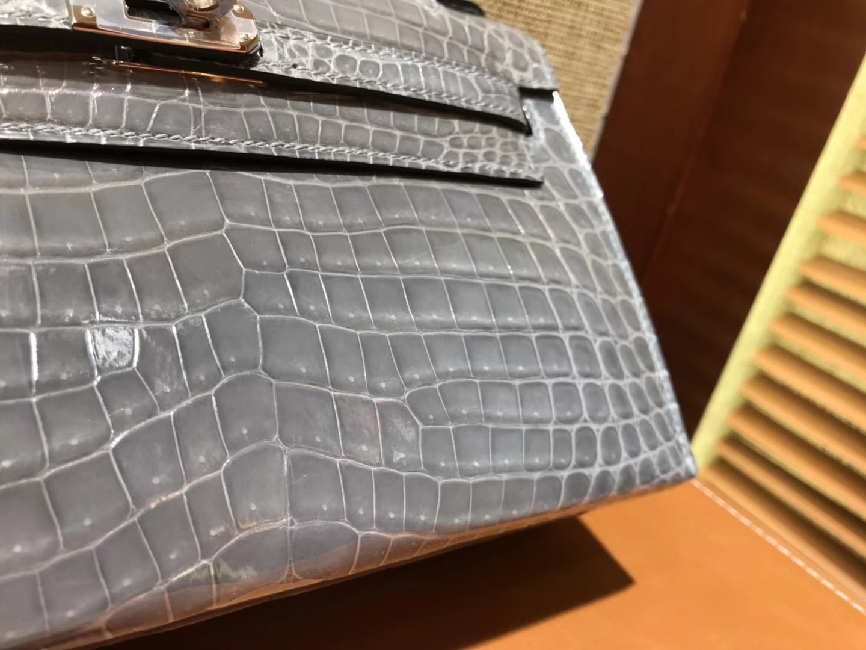 Hermès(爱马仕)MiniKelly 迷你凯莉 斑鸠灰 进口鳄鱼皮 顶级手缝工艺 银扣 22cm