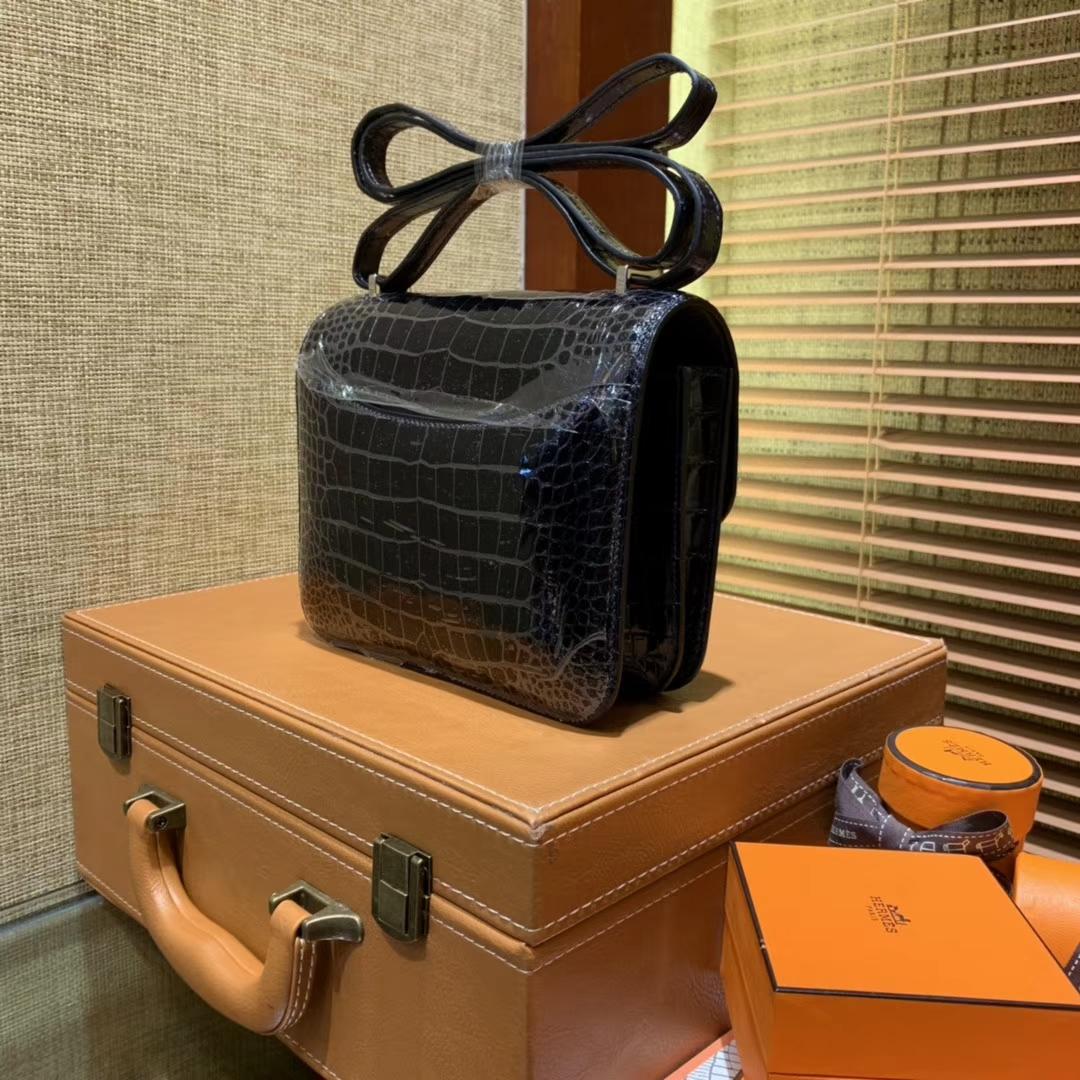 Hermès(爱马仕)Constance空姐包 午夜蓝 一级 美洲 鳄鱼皮 臻品级别 蜥蜴扣 18cm