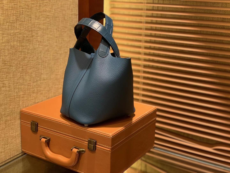 Hermès(爱马仕)Piction菜篮包 靛蓝色 Togo牛皮 拼鳄鱼 进口原料 全手工缝制 金扣 18cm