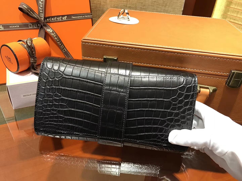 Hermès(爱马仕)CDC手包 经典黑 鳄鱼皮 银扣 23cm