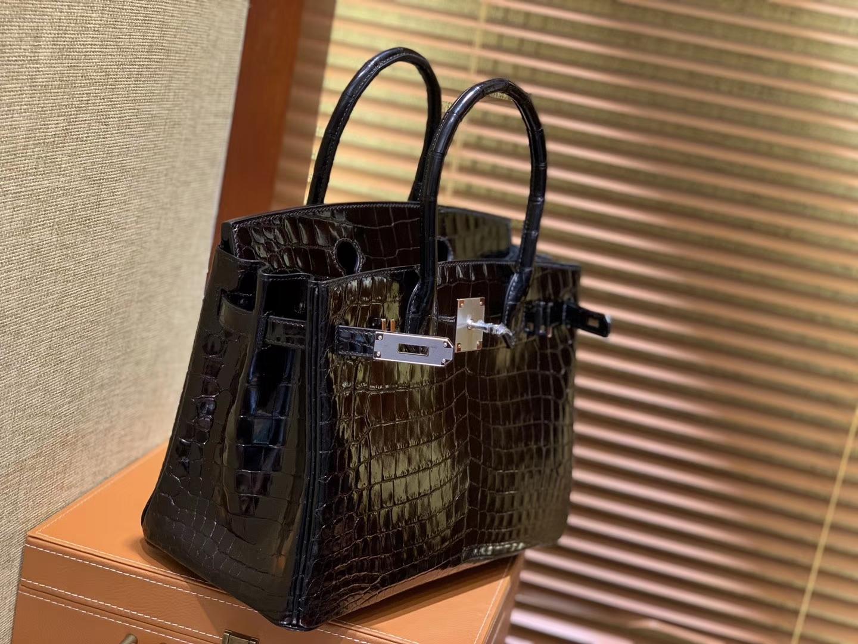 Hermès(爱马仕)Birkin 经典黑 一级尼罗鳄鱼皮 顶级工艺全手工制作 30cm