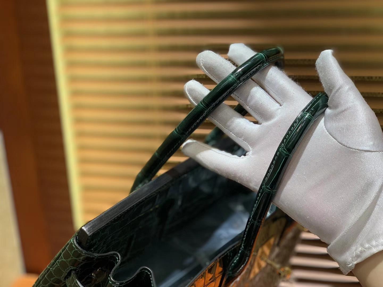Hermès(爱马仕)Birkin铂金包 祖母绿 湾鳄 一级皮 倒V 进口原料 顶级手缝工艺 30cm