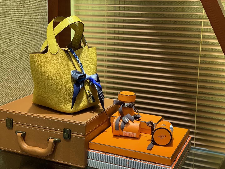 Hermès(爱马仕)Piction菜篮包 琥珀黄 Togo牛皮 拼鳄鱼 进口原料 全手工缝制 银扣 22cm