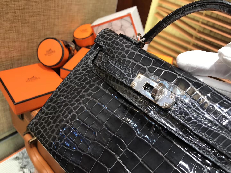 Hermès(爱马仕)MiniKelly 迷你凯莉 石墨黑 一级美洲鳄鱼皮 顶级手缝蜡线 银扣 19cm 2代