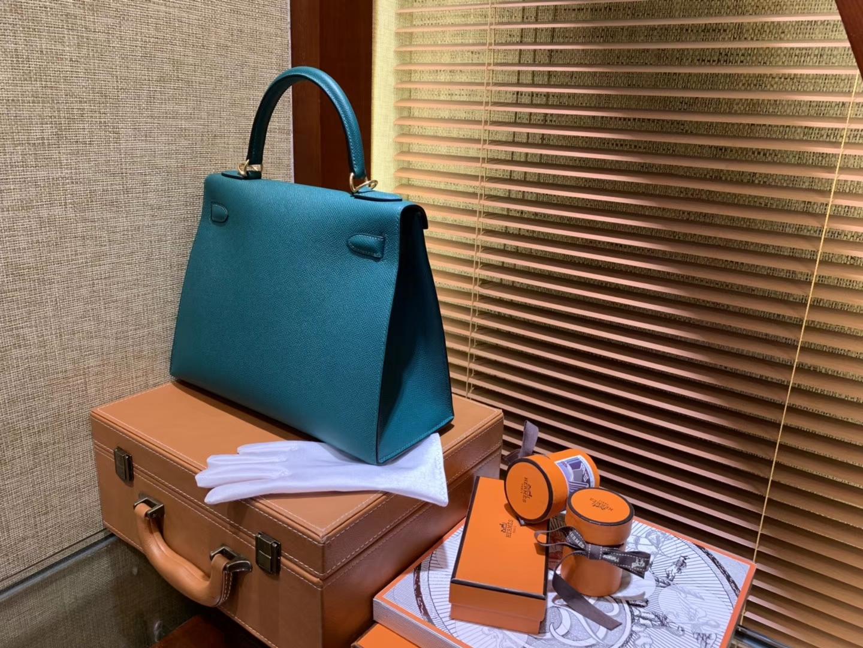 Hermès(爱马仕)Kelly凯莉包 掌纹小牛皮 牛仔蓝 进口原料 原版蜜蜡线 顶级工艺 金扣 28cm