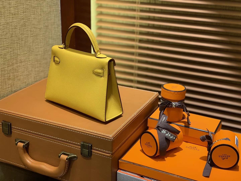 Hermès(爱马仕)MiniKelly 迷你凯莉 琥珀黄 德国掌纹牛皮 原版蜜蜡 全手工缝制 2代 19cm
