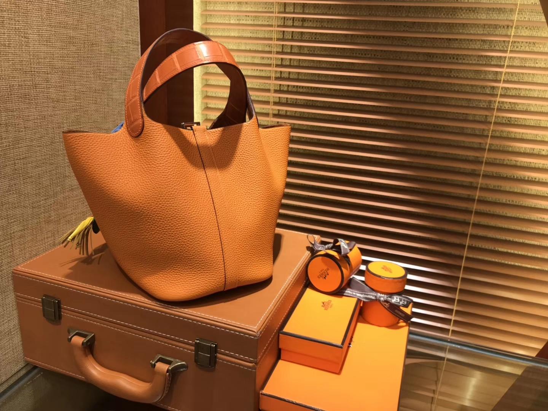 Hermès(爱马仕)Piction菜篮包 橙色 Togo牛皮 拼鳄鱼 进口原料 全手工缝制 银扣 18cm