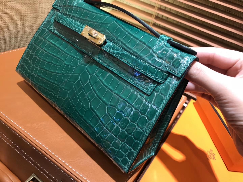 Hermès(爱马仕)MiniKelly 迷你凯莉 祖母绿 进口鳄鱼皮 顶级手缝工艺 金扣 22cm
