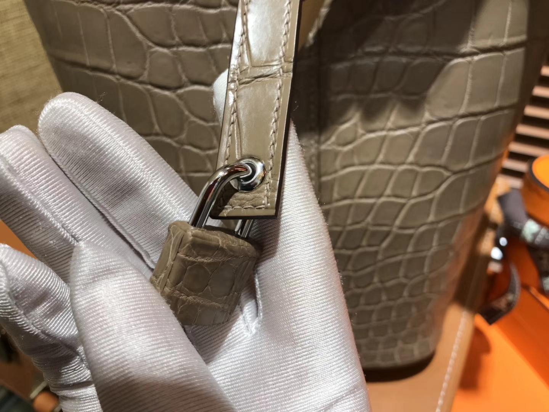Hermès(爱马仕)Picotin 菜篮子 鳄鱼皮 斑鸠灰 全手工缝制 18cm