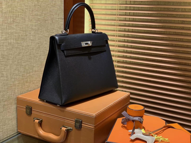 Hermès(爱马仕)Kelly凯莉包 掌纹小牛皮 经典黑 进口原料 原版蜜蜡线 顶级工艺 银扣 28cm