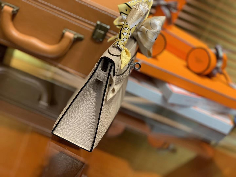 Hermès(爱马仕)MiniKelly 迷你凯莉 风衣灰 德国掌纹牛皮 原版蜜蜡 全手工缝制 2代 19cm
