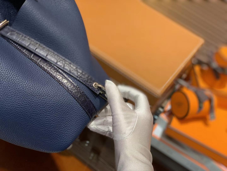 Hermès(爱马仕)Piction菜篮包 午夜蓝 Togo牛皮 拼鳄鱼 进口原料 全手工缝制 银扣 18cm