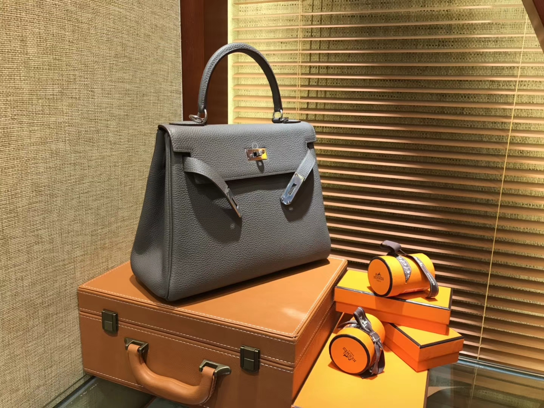 Hermès(爱马仕)Kelly凯莉包 togo小牛皮 锡器灰 进口原料 原版蜜蜡线 银扣 28cm