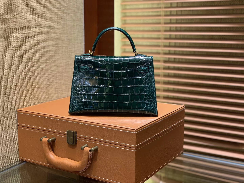 Hermès(爱马仕)迷你2代 19cm 祖母绿 一级美洲 鳄鱼皮 顶级手工 金扣