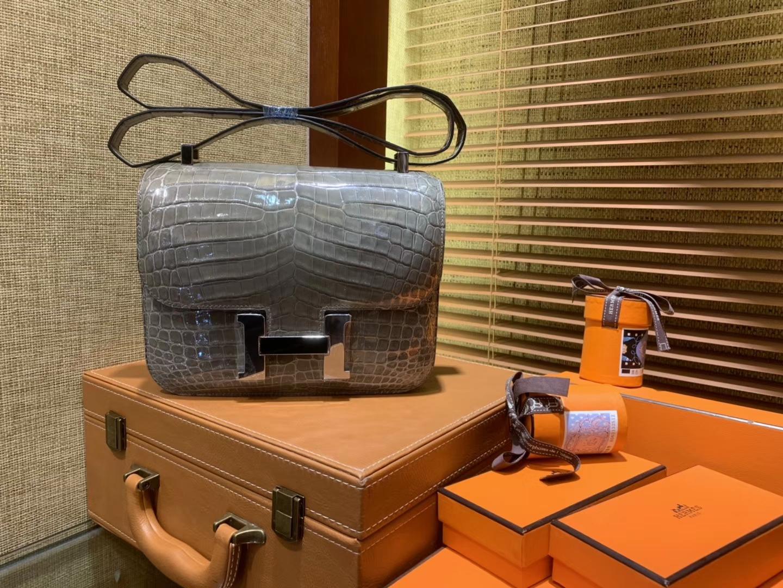 Hermès(爱马仕)Constance空姐包 巴黎灰 一级 尼罗 鳄鱼皮 臻品级别 银扣 23cm