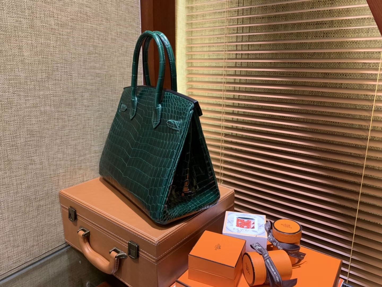 Hermès(爱马仕)Birkin 祖母绿 一级尼罗鳄鱼皮 顶级工艺全手工制作 25cm