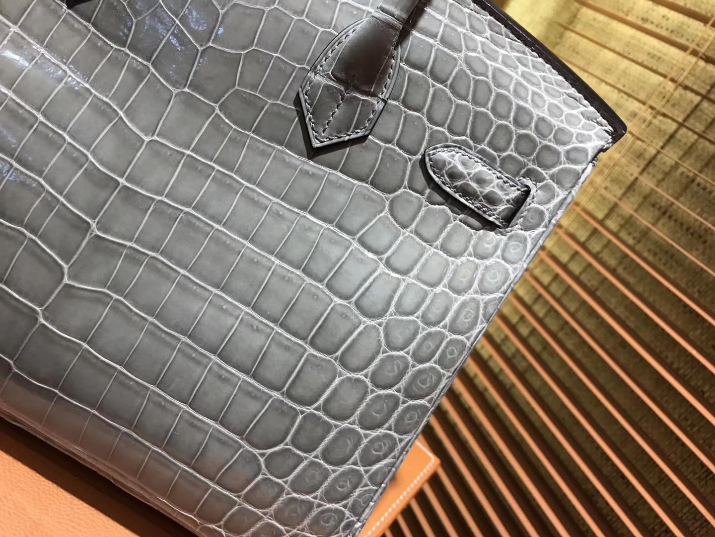 Hermès(爱马仕)Birkin铂金包 斑鸠灰 一级皮 尼罗鳄鱼 进口原料 顶级手缝工艺 银扣 30cm