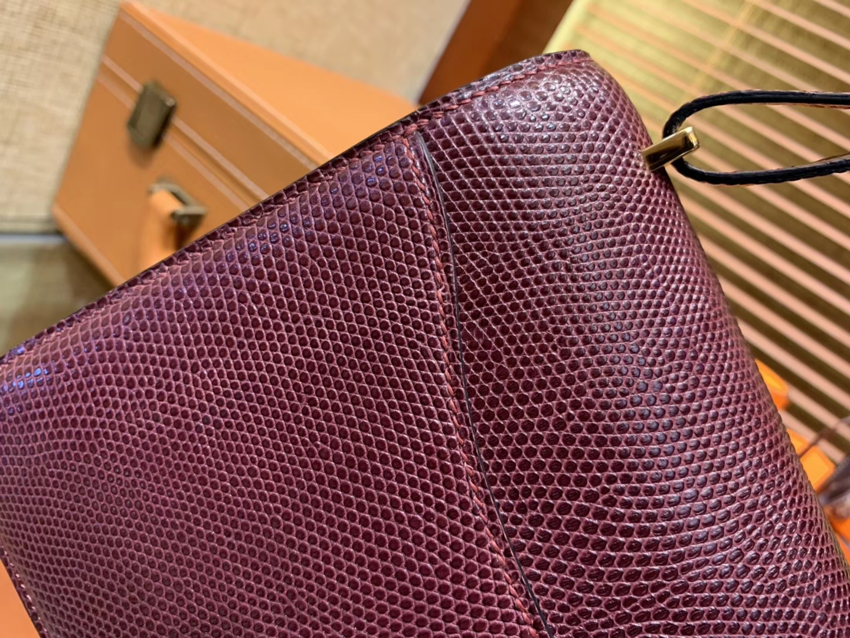 Hermès(爱马仕)Constance 18cm 波尔多酒红色 蜥蜴皮 顶级手缝工艺 金扣
