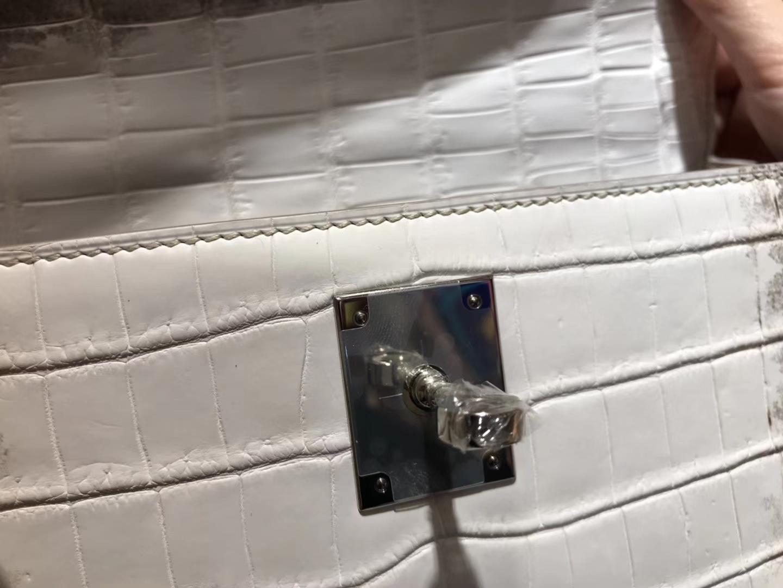 Hermès(爱马仕)Kelly 凯莉包 新款 喜马拉雅 雾面鳄鱼皮 顶级全手工缝制 银扣 28cm