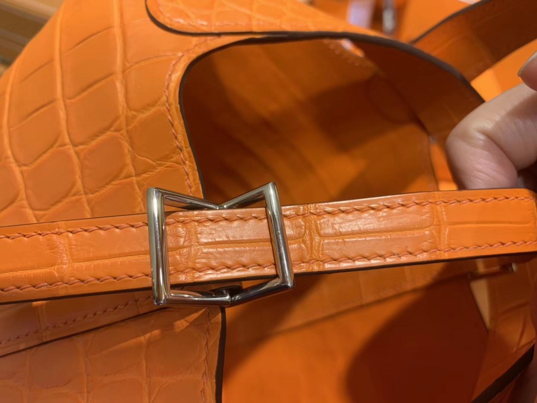 Hermès(爱马仕)Picotin 菜篮子 鳄鱼皮 经典橙 全手工缝制 18cm