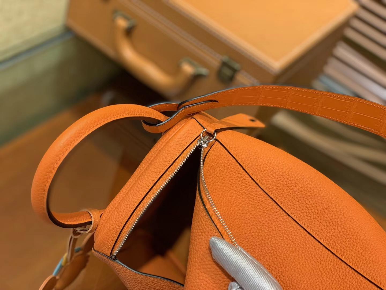 Hermès(爱马仕)Lindy琳迪包 橙色 小牛皮拼鳄鱼皮 进口原料 全手工缝制 银扣 26cm