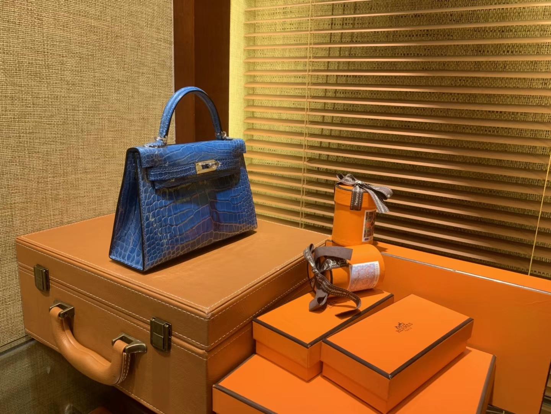 Hermès(爱马仕)MiniKelly 迷你凯莉 坦桑尼亚蓝 一级美洲鳄鱼皮 顶级手缝蜡线 金扣 19cm 2代