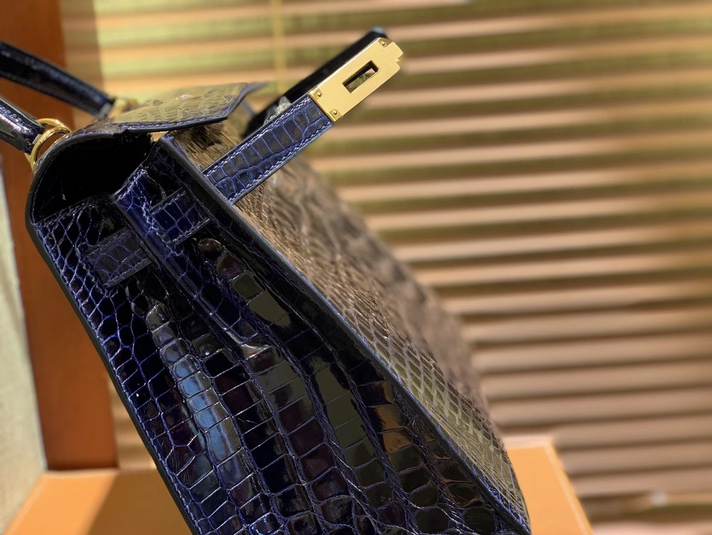 Hermès(爱马仕)Kelly 凯莉包 午夜蓝 一级皮 尼罗鳄鱼皮 顶级全手工缝制 金扣 28cm