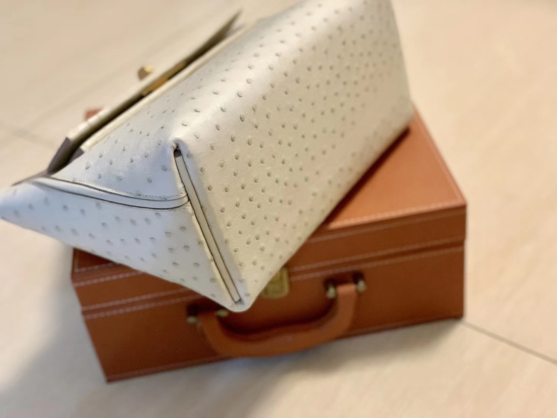 Hermès(爱马仕)Kelly-2424 奶昔白 鸵鸟皮拼鳄鱼皮 顶级手缝 金扣 29cm