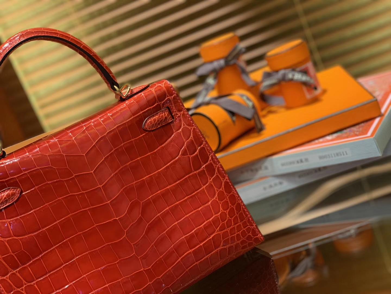 Hermès(爱马仕)Kelly 28cm 经典黑 尼罗鳄鱼皮 顶级蜡线全手工