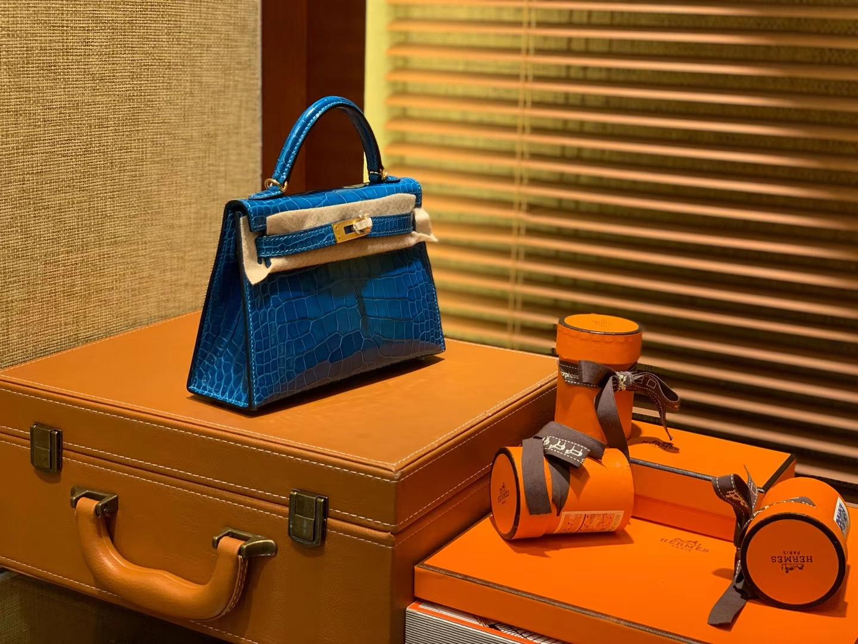Hermès(爱马仕)Mini Kelly 宝蓝色 一级美洲鳄鱼皮 全手工缝制 臻品级别 金扣 19cm 2代
