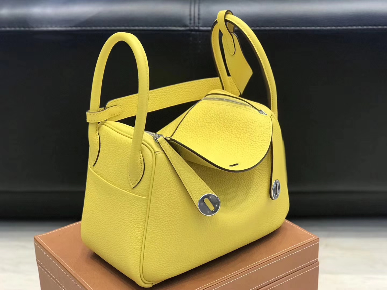 Hermès(爱马仕)Lindy琳迪包 那不勒斯黄 德国进口togo牛皮 蜡线全手工缝制 26cm