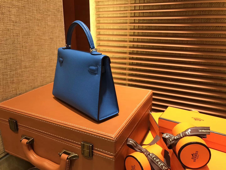 Hermès(爱马仕)Mini Kelly迷你凯莉 蓝色 德国掌纹牛皮 全手工缝制 臻品级别 金扣 19cm