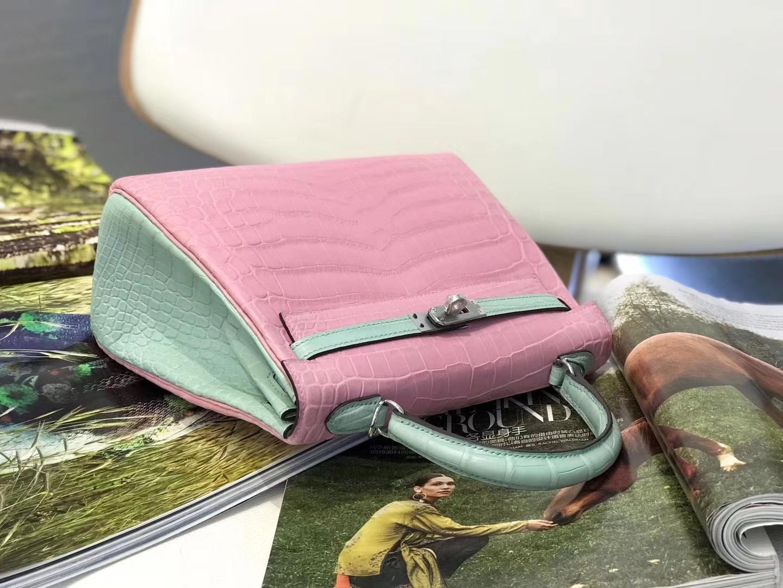 Hermès(爱马仕)Kelly凯莉包 樱花粉拼玛卡龙 雾面鳄鱼 银扣 25cm