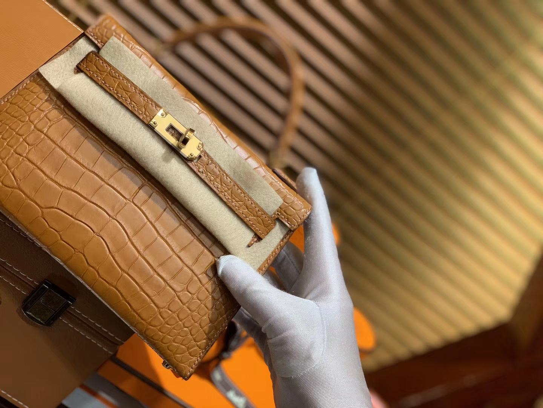 Hermès(爱马仕)Mini Kelly 迷你凯莉 金棕色 一级美洲鳄鱼皮 全手工缝制 臻品级别 金扣 19cm 2代