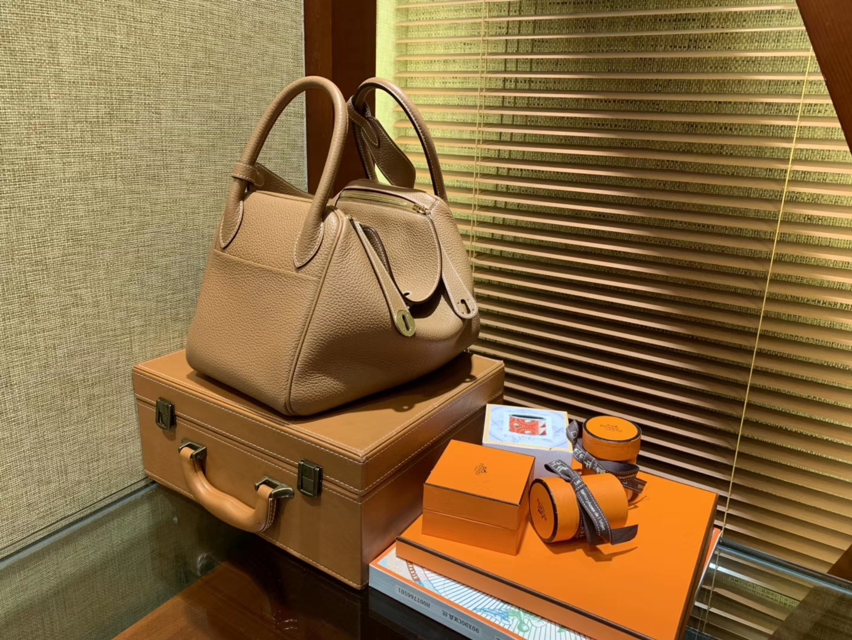 Hermès(爱马仕)Lindy琳迪包 大黄色 德国进口togo牛皮 全手工缝制 银扣 30cm