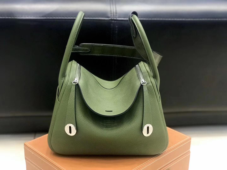 Hermès(爱马仕)Lindy琳迪包 丛林绿 德国进口togo牛皮拼鳄鱼皮 蜡线全手工缝制 26cm