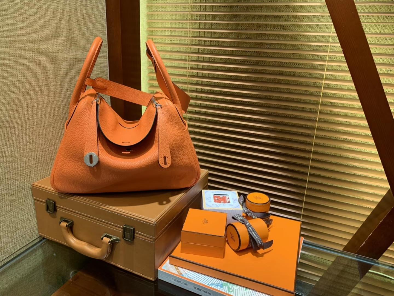 Hermès(爱马仕)Lindy琳迪包 橙红色 德国进口togo牛皮 全手工缝制 银扣 30cm