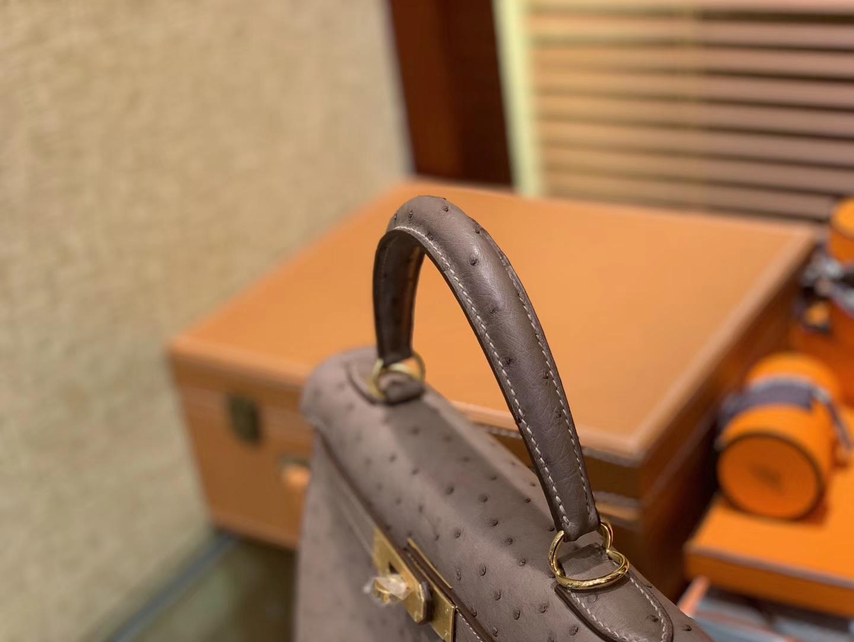 Hermès(爱马仕)Kelly凯莉包 大象灰 南非进口KK级鸵鸟 顶级手缝版本 24K金扣 28cm