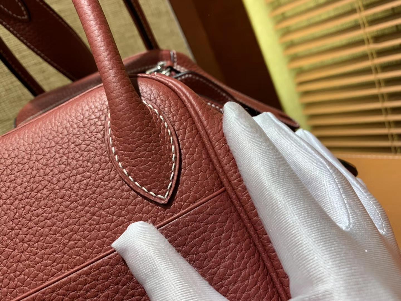 Hermès(爱马仕)Lindy琳迪包 酒红色 德国进口togo牛皮 全手工缝制 银扣 30cm